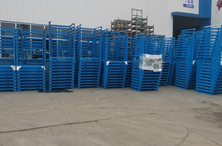青岛客户第二次采购堆垛架发到陇南